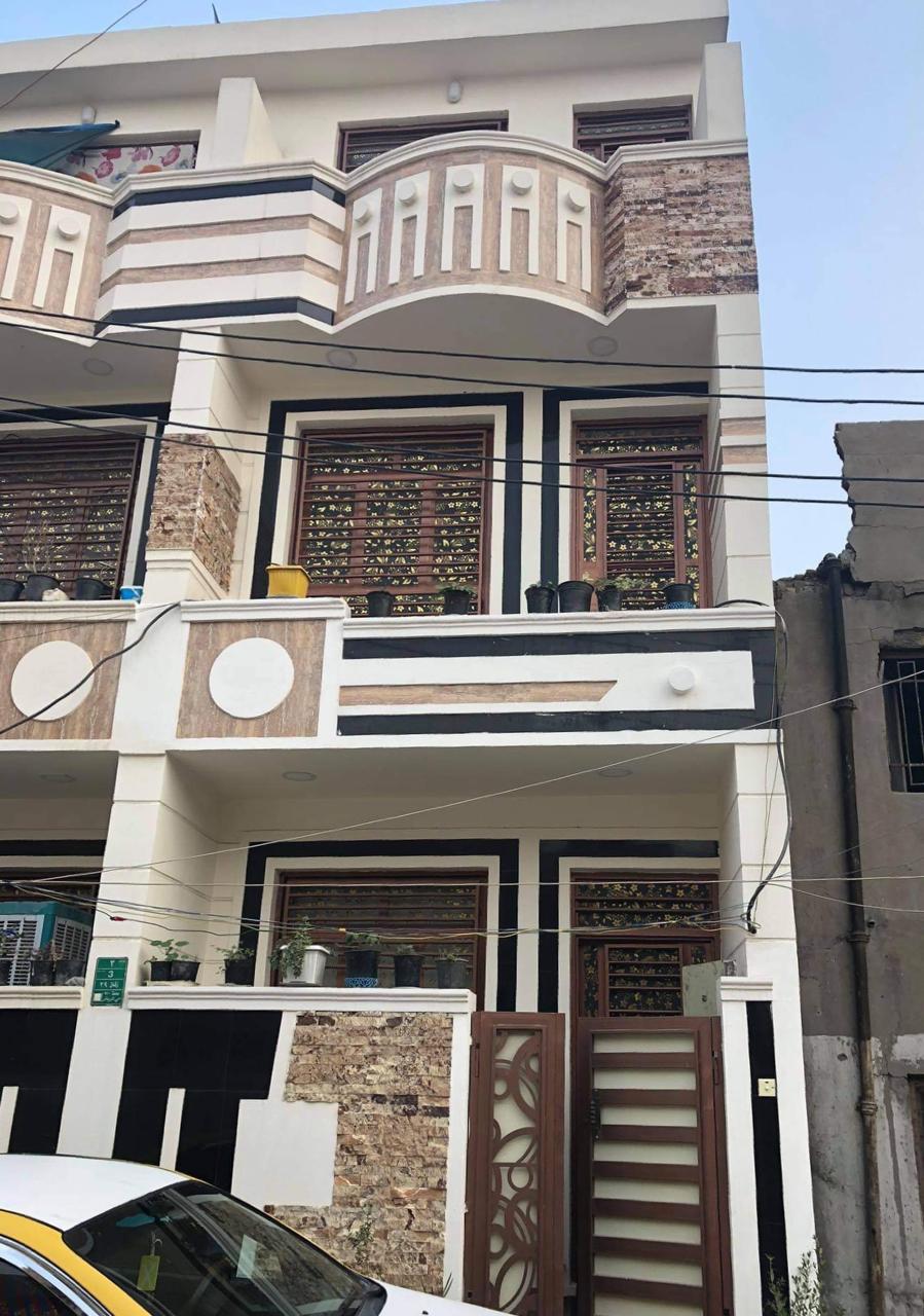 دار للبيع في بغداد كمب سارة حي الرياض